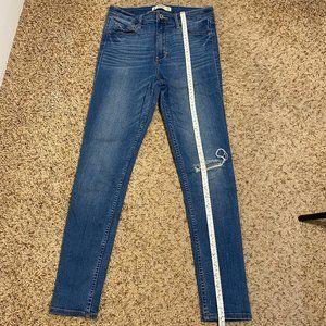 Abercrombie & Fitch Jean Size 6S (28/29)